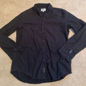 American Eagle Long-sleeve Button-Up